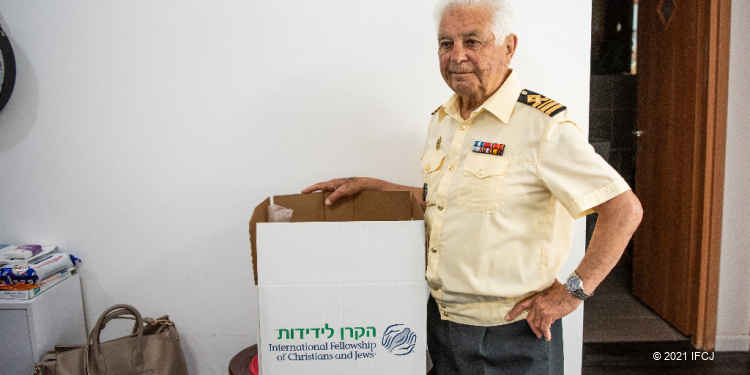 The Fellowship means everything to Yuri, 90 year old man in Ashkelon